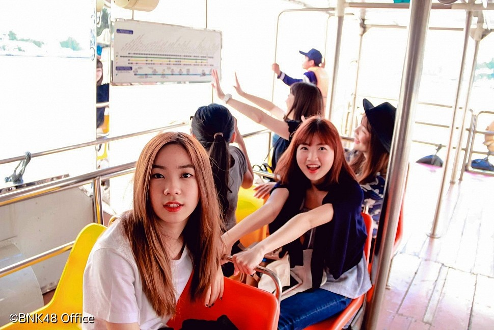 Izurina on Tour ตามรอยเนื้อเพลง BNK48 ล่องเรือเจ้าพระยา