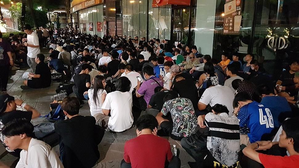 ภาพจาก The Mall Thailand ช่วงเช้ามืดวันที่ 21 เมษายน 2561